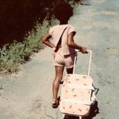 🍀SPRING GIVEAWAY 💚  C'est vrai, on ne peut pas faire venir le soleil. Mais on peut offrir à vos kids un petit look parfait pour profiter des beaux jours (et de la liberté retrouvée, on y croit 🤞). On s'est associé à la douce @vertparadis_  et à 3 marques qu'on adore pour offrir à l'un d'entre vous : - Nous offrons notre valise baby travel dans l'imprimé au choix (coeurs ou croco) - parfaite pour les escapades du printemps,  - 120€ de bon d'achat chez @ketiketa_paris, la marque éthique-chic made in Kathmandu,  - Une paire de chaussures d'été au choix  @pepechildrenshoes, maison de chaussures italiennes artisanales,  -  Et une paire de solaires au choix chez @veryfrenchgangsters, marque de lunettes haut-de-gamme pour les kids,   Pour participer, c'est simple : - Likez ce post - Abonnez-vous à @vertparadis_ et aux 4 marques ci-dessous @jojofactory @ketiketa_paris @pepechildrenshoes @veryfrenchgangsters  - Et filez sur le compte de @vertparadis_ pour tenter votre chance !   Jeu concours ouvert à l'Europe jusqu'au dimanche 2 mai, minuit   🍀🍀🍀